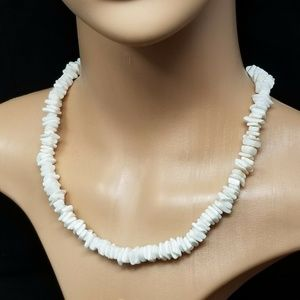Hawaiian surfer pooka shell necklace 70s style